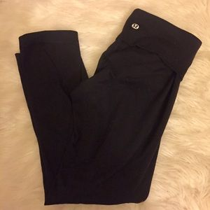 Lululemon Athletica Black Capri Pants Size 2